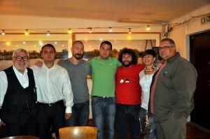 Od lewej: Zbigniew Sierszuła, Aleksander Baron, Julian Karewicz, Jan Kuroń , Zbigniew Kmieć, Justyna Adamczyk (prowadząca spotkanie), Gieno Miętkiewicz.