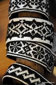 Bransoletki z haftem zachełmiańskim